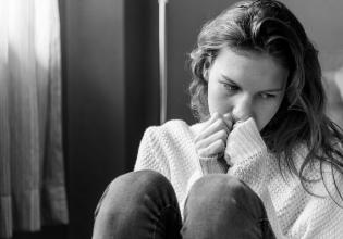 Como a vergonha pode afetar a adesão ao tratamento da Fibrose Cística