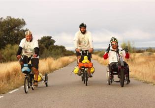 2plega2 – Juan Meira e Pedro de Armas pedalam 6 mil km para divulgar a Fibrose Cística na Espanha