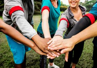 Como posso ajudar a minha Associação de Assistência à Fibrose Cística?