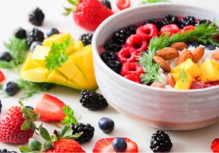 Programas de nutrição individuais melhoram a saúde de pessoas com Fibrose Cística
