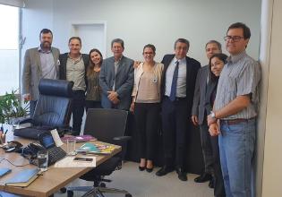 Programa de Triagem Neonatal e PCDT para Fibrose Cística são pautas de reuniões do Instituto em Brasília
