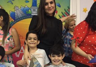 FC nas escolas: irmãos escrevem livros sobre a rotina da família com a Fibrose Cística em projeto escolar