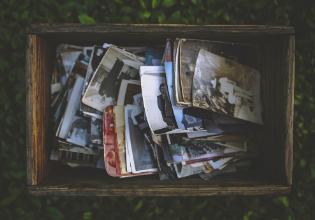 #TôemCasa | DICA #29: Reúna a família para ver fotos antigas