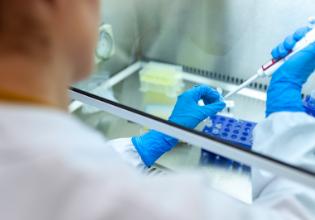 A jornada desde o avanço científico até o medicamento capaz de transformar as vidas das pessoas com Fibrose Cística – PARTE 1