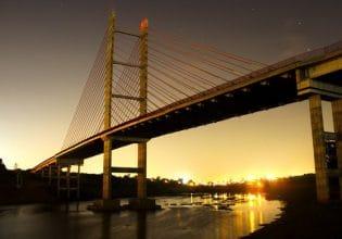 Ponte Estaiada em Hortolândia/SP será iluminada de roxo em alusão ao Mês da Fibrose Cística