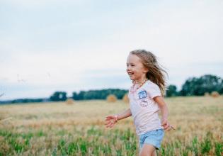 Avaliação longitudinal da força muscular de membros superiores em crianças e adolescentes com fibrose cística