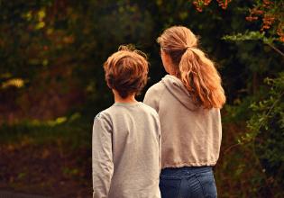 5 perguntas que devem ser feitas para pais de adolescentes com fibrose cística
